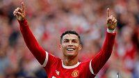 Fotbalista Cristiano Ronaldo se raduje z branky během svého druhého debutu v dresu Manchesteru United.