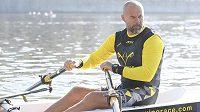 Skifař Václav Chalupa 850 kilometrů dlouhou plavbu do Hamburku nedokončí.