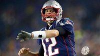 Quarterback Tom Brady (12) z New England Patriots před nedávným utkáním s Tennessee Titans.