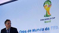Generální sekretář FIFA Jerome Valcke na tiskové konferenci v Rio de Janeiru.