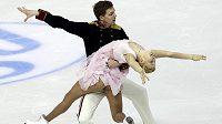 Ruští krasobruslaři Jekatěrina Bobrovová a Dmitrij Solovjov jsou po krátkém tanci v čele mistrovství Evropy v Záhřebu.