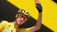 Bradley Wiggins slaví svůj triumf na slavné Tour de France.