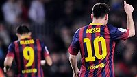 Opora Barcelony Lionel Messi oslavuje svůj gól proti Bilbau.