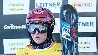 Snowboardistka Ester Ledecká během Světového poháru v italské Carezze.