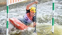 Tereza Fišerová při mistrovství Evropy ve vodním slalomu v Praze.