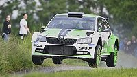 Rallye Český Krumlov, druhý závod mistrovství ČR v automobilových soutěžích, 27. května. Jan Kopecký se Škodou Fabia R5 při rychlostní zkoušce Kohout - Ján 1.