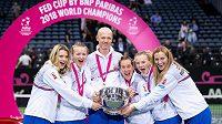 Český fedcupový tým může slavit. České tenistky dostaly od Mezinárodní tenisové federace (ITF) divokou kartu pro účast na dubnovém finálovém turnaji Fed Cupu v Budapešti.