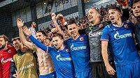 Hráči Crvene zvezdy se radují z postupu do čtvrtého předkola Ligy mistrů. V něm se utkají se švýcarskými Young Boys.
