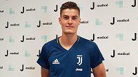 Patrik Schick už v triku Juventusu.