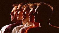 Slavná ruská pětka Detroitu Red Wings. Zleva: Vjačeslav Fetisov, Sergej Fjodorov, Vladimir Konstantinov, Igor Larionov a Vjačeslav Kozlov