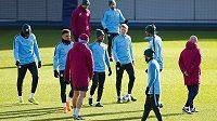 Fotbalisté Manchesteru City na tréninku před úterním zápasem Ligy mistrů s Basilejí.
