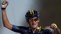 Český cyklista Roman Kreuziger slaví své vítězství v závodu Amstel Gold Race.