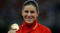 Zuzana Hejnová se zlatem za triumf na 400 m překážek při MS v Pekingu