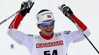 Radost norské lyžařky Marit Björgenové v cíli závodu na 10 km.