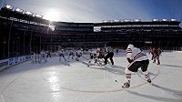Idylický záběr. Slunce, teplota nějakých sedm stupňů. Optimální podínky pro Winter Classic 2015 mezi Washingtonem a Chicagem.