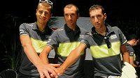 Peter Sagan (vlevo) s dalšími hvězdami týmu Liquigas Ivanem Bassem a Vincenzem Nibalim (vpravo).