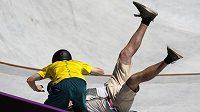 Australský skateboardista Kieran Woolley srazil jednoho z kameramanů během olympijského závodu.