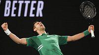 Novak Djokovič trpí neskutečnými bolestmi břicha. Jeho další pokračování na AO je ve velkém ohrožení