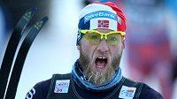 Norský běžec na lyžích Martin Johnsrud Sundby vyhrál předposlední etapu Tour de Ski.