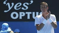 Český tenista Tomáš Berdych se raduje z postupu do druhého kola Australian Open.