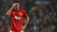 Zadák Manchesteru United Rio Ferdinand nechápe rasistické urážky skupiny anglických fanoušků.