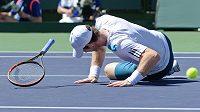 Andy Murray v utkání s Milosem Raonicem.