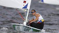 Britská jachtařka Alison Youngová v olympijském závodu.