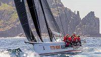 Maxijachta Wild Oats XI v 74. ročníku tradiční regaty Sydney - Hobart.