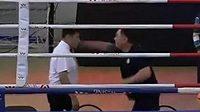 Tady máš, tohle se mi nelíbilo. Trenér inzultoval rozhodčího ve čtvrtfinále kazašského poháru v boxu.
