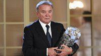Dušan Uhrin patří k českým fotbalovým legendám