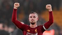 Fotbalista Henderson se raduje z vítězství ve čtvrtečním 24. kole anglické ligy ve Wolverhamptonu