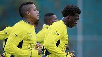 Fotbalisté Ekvádoru se chystají na start světového šampionátu v Brazílii. Na tréninku jsou Michael Arroyo (vlevo) a Felipe Caicedo.