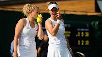 Kateřina Siniaková s Barborou Krejčíkou předváděly i ve Wimbledonu výborné výkony