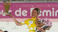 Celková vítězka Tour de Feminin Joscelin Lowdenová z Velké Británie.
