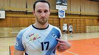 Volejbalista David Konečný dokončí sezónu na Kladně.