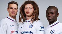 Hráči Chelsea v nové venkovní sadě dresů.