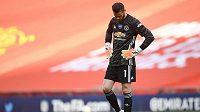 Brankář Manchesteru United David de Gea po druhém inkasovaném gólu v pohárovém semifinále s Chelsea.