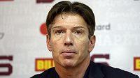 Dokáže německý trenér Uwe Krupp probrat sparťanské hokejisty?