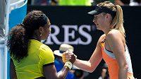 Serena Williamsová (vlevo) a Maria Šarapovová.