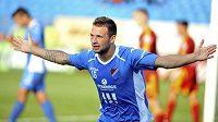 Antonín Fantiš z Baníku se raduje z druhého gólu.