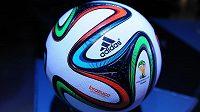 Představení oficiální míče pro MS 2014 ve fotbale Adidas Brazuca.