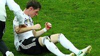 Pro krvácejícího Sebastiana Rudyho zápas se Švédy už po půlhodině skončil.