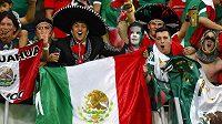 Fanoušci Mexika podporovali svůj tým i při pondělním vítězství 3:1 nad Chorvatskem, díky kterému si El Tri zajistili účast v osmifinále.