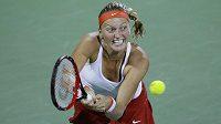 Česká tenistka Petra Kvitová v duelu s Caroline Garciaovou.