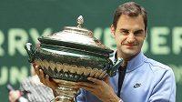 Roger Federer vyhrál podeváté v kariéře turnaj v Halle.