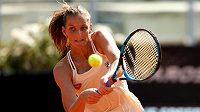 Karolína Plíšková v boji o čtvrtfinále turnaje v Římě.