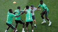 Fotbalisté Nigérie na tréninku.