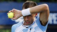 Český tenista Lukáš Rosol ve druhém kole US Open nestačil na Philippa Kohlschreibera.