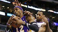 Lakers se svým městským sokem znovu prohráli.