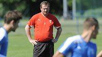 Fotbalisté Viktorie Plzeň zahájili letní přípravu. Na snímku je trenér Pavel Vrba.